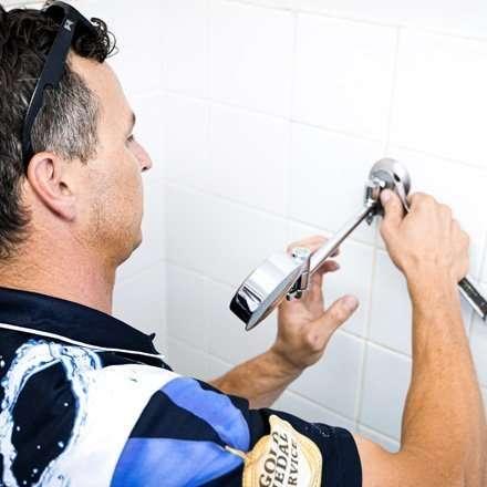 Leaking Shower Ascot